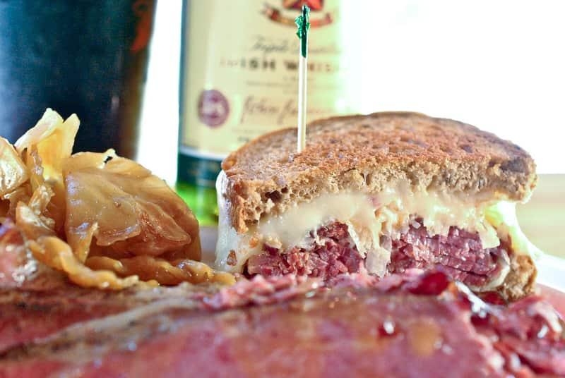 (Midwest) Reuben Sandwich - American Sandwiches List